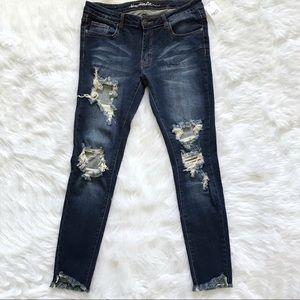 Machine skinny jeans distressed size 13.